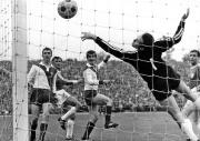 1968 Pokalfinale - Löhrs Tor zum 4:1